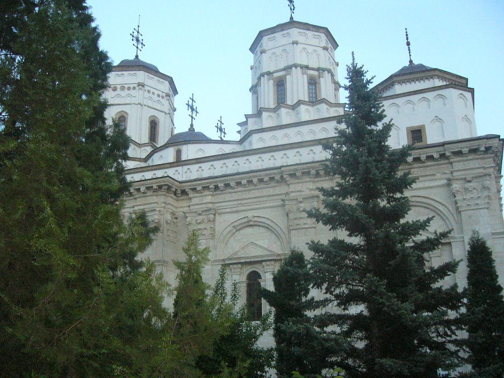 Manastirea Golia11