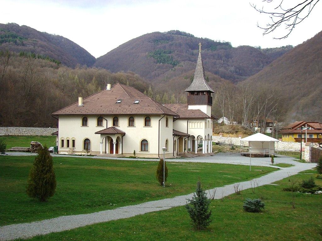 Manastirea Lupsa2