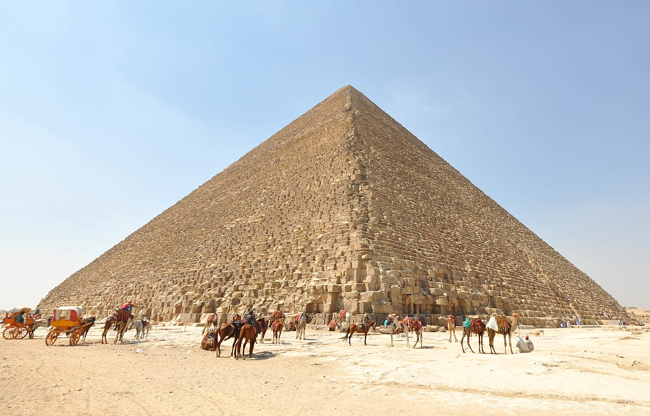 Marea piramida a lui Khufu11