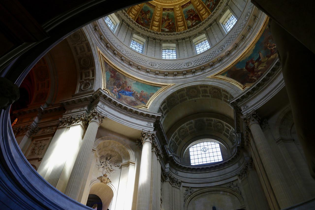 Mausoleul Pantheon din Paris111
