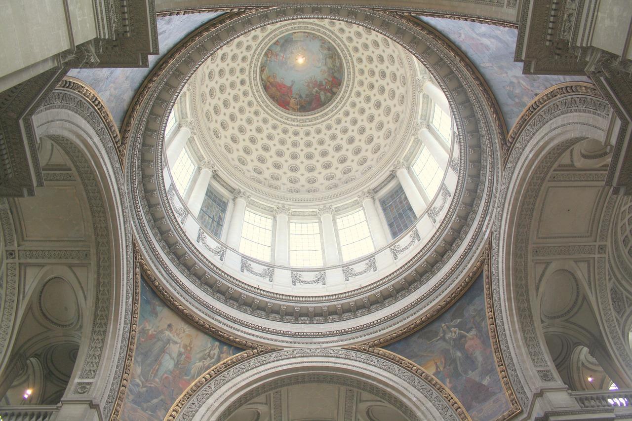 Mausoleul Pantheon din Paris1111
