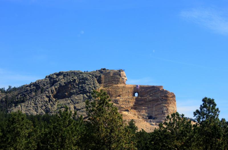 Memorialul Crazy Horse111