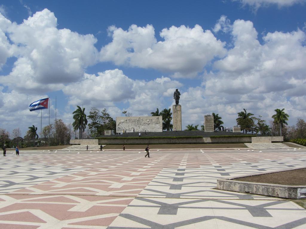Monumentul Che Guevara din Santa Clara1