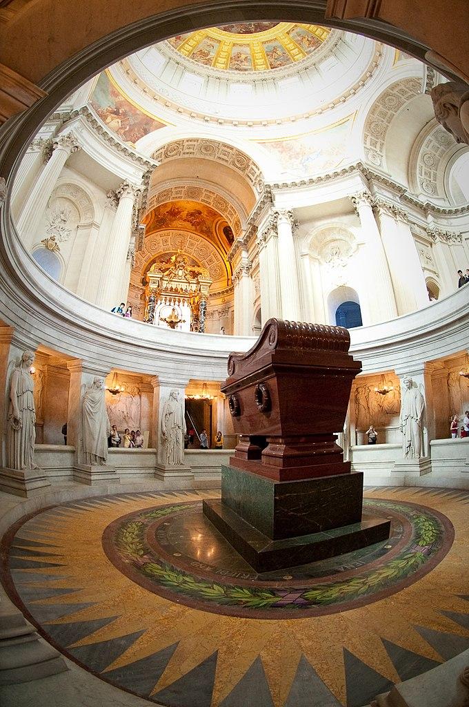 Mormantul lui Napoleon din Paris111