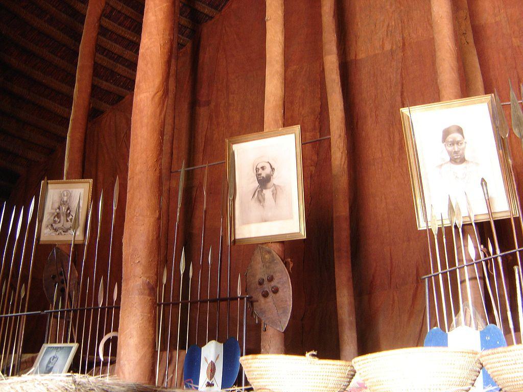 Mormintele regale Buganda1111