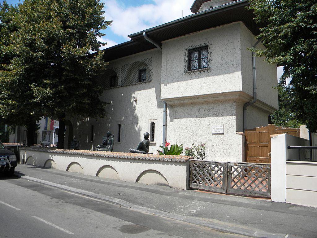 Muzeul Zambaccian11