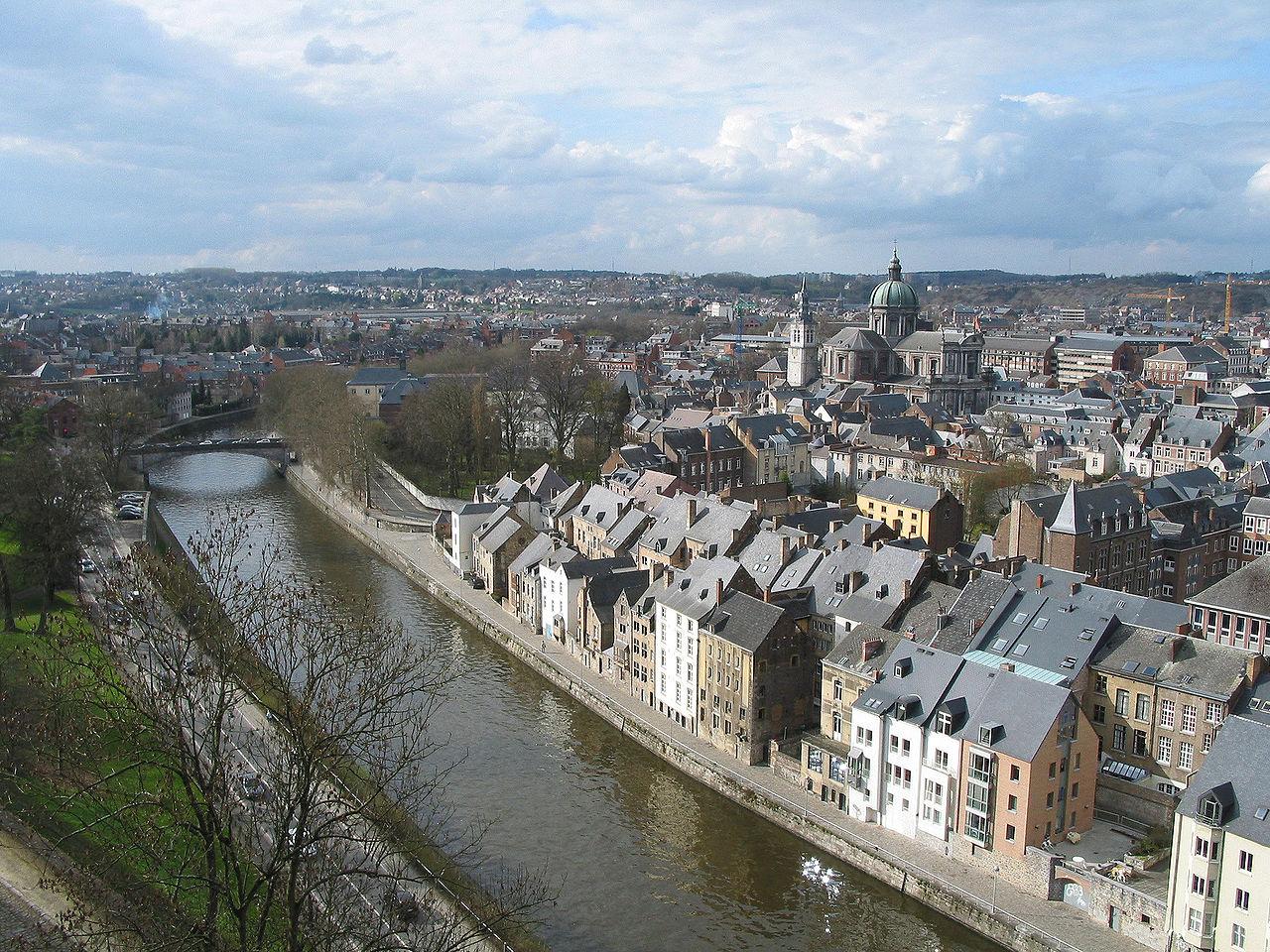 Orasul Namur