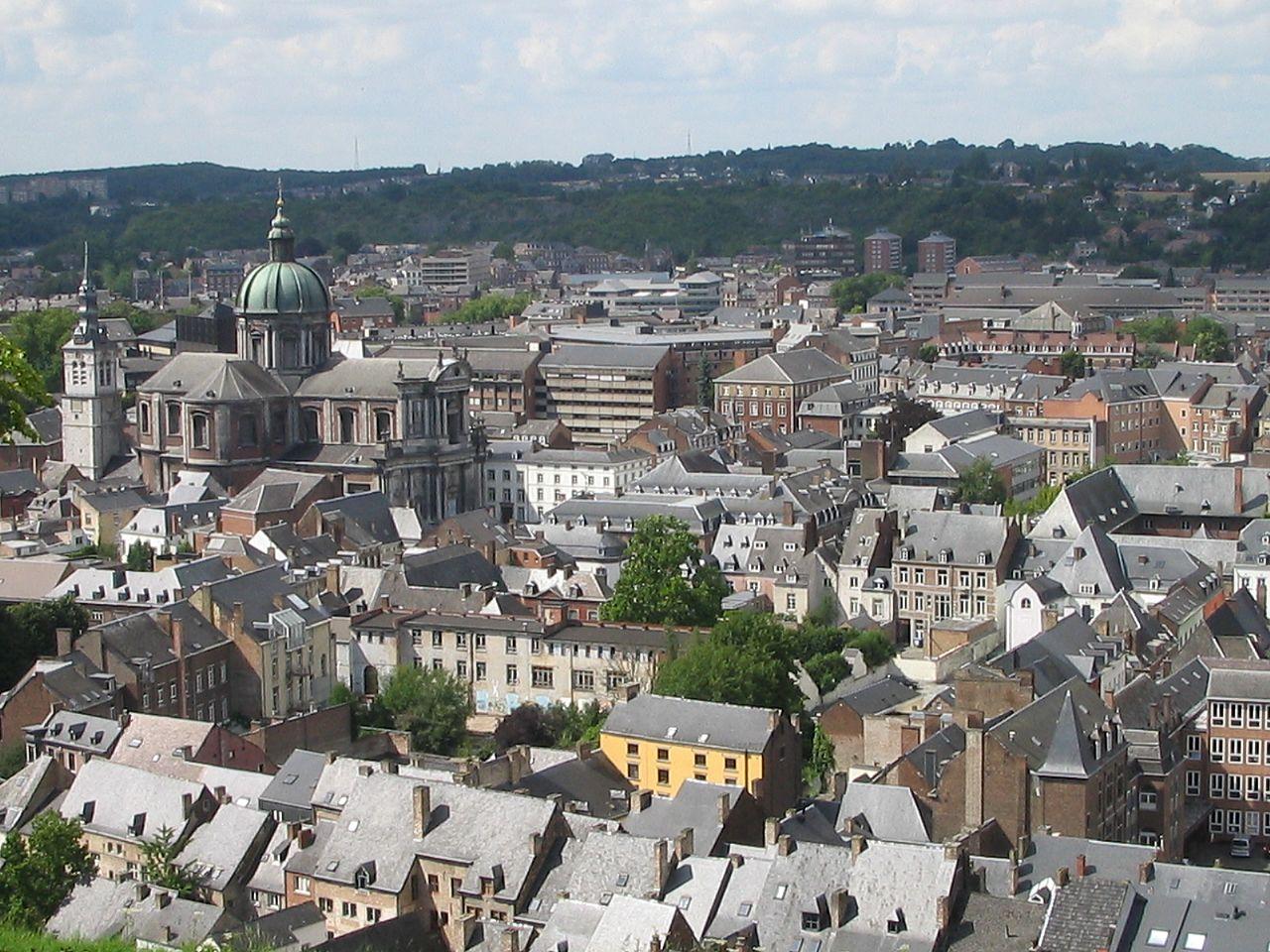 Orasul Namur11