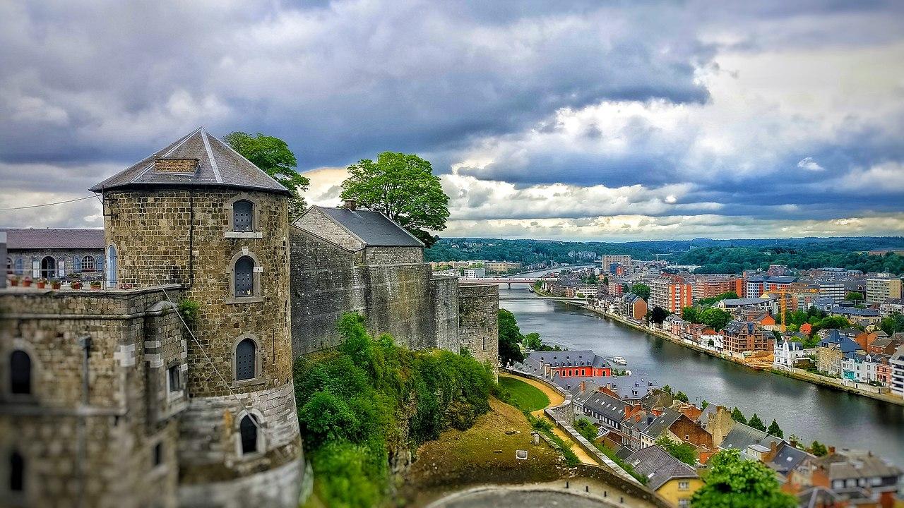 Orasul Namur111