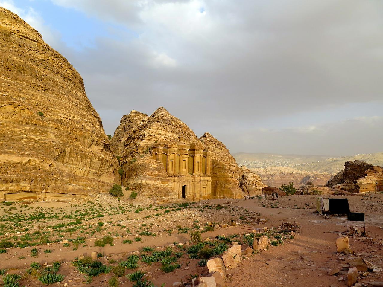 Orasul Petra11