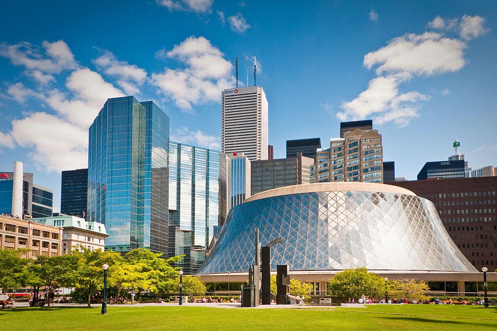 Orasul Toronto11