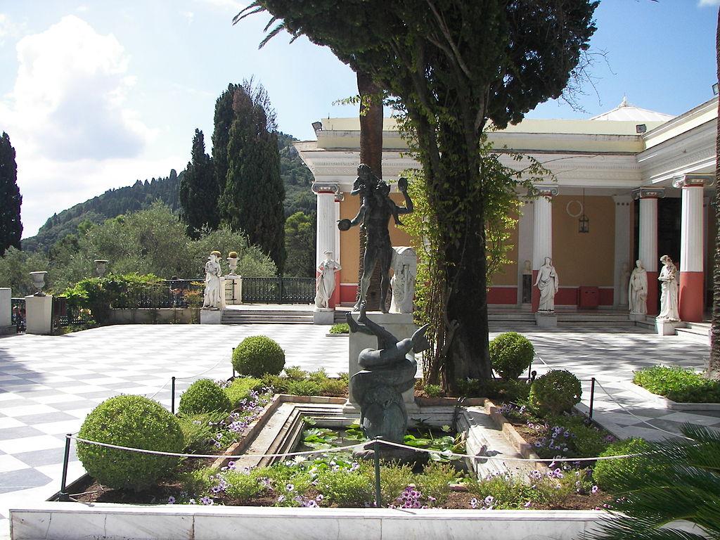 Palatul Achilleion111