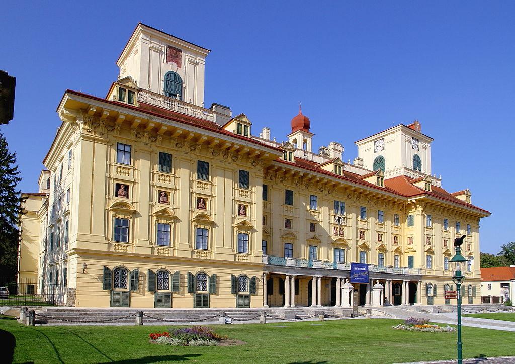Palatul Esterhazy11