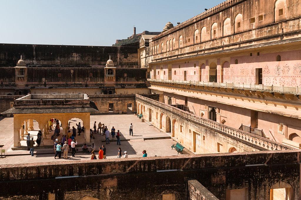 Palatul Man Singh1