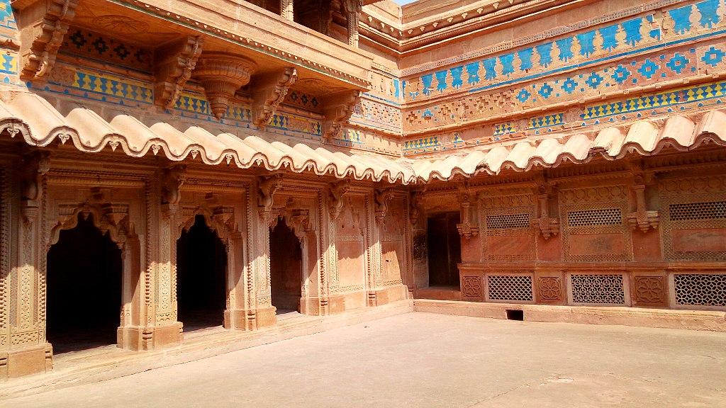 Palatul Man Singh111