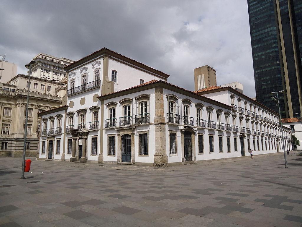 Palatul Paco Imperial1