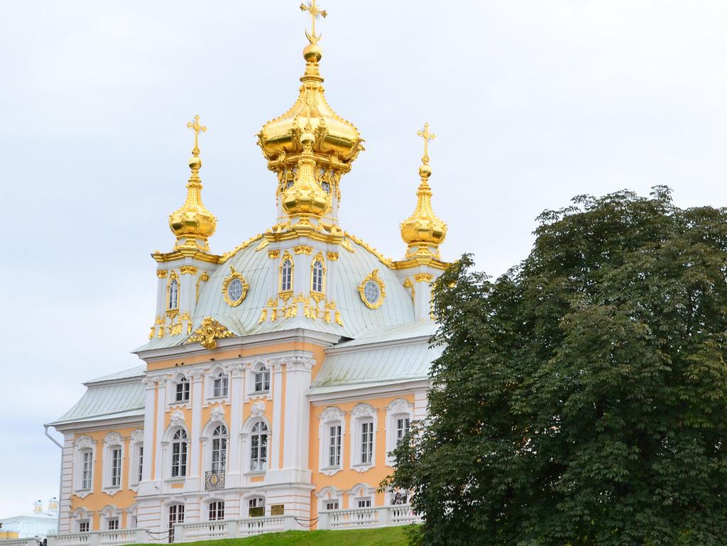 Palatul Peterhof1111