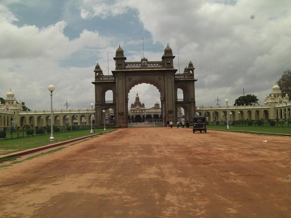 Palatul din Mysore poarta de intrare