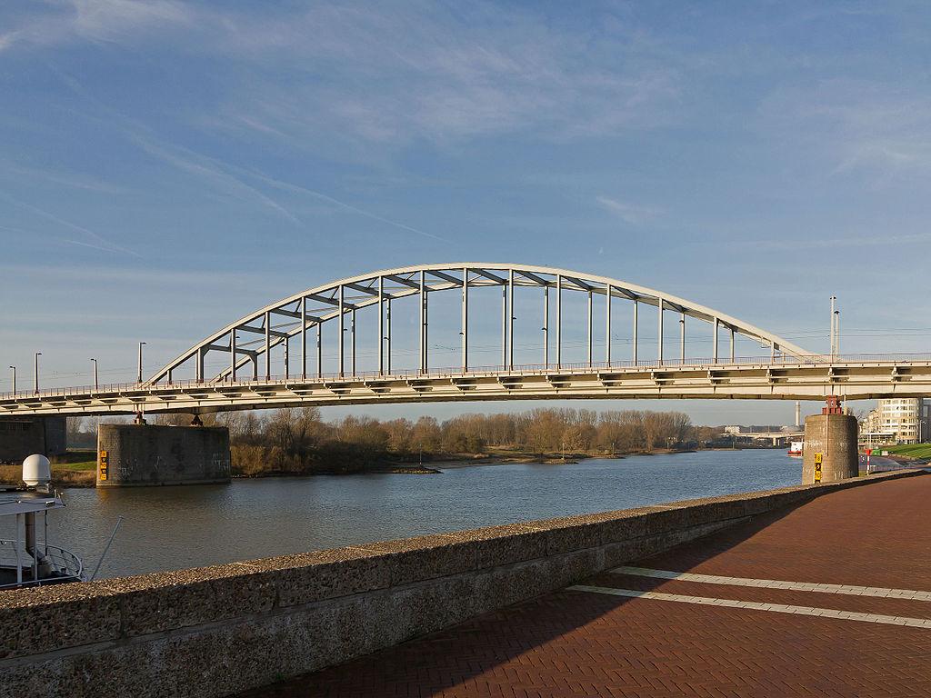 Podul Arnhem11