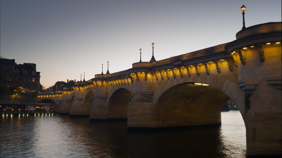 Podul Pont Neuf11