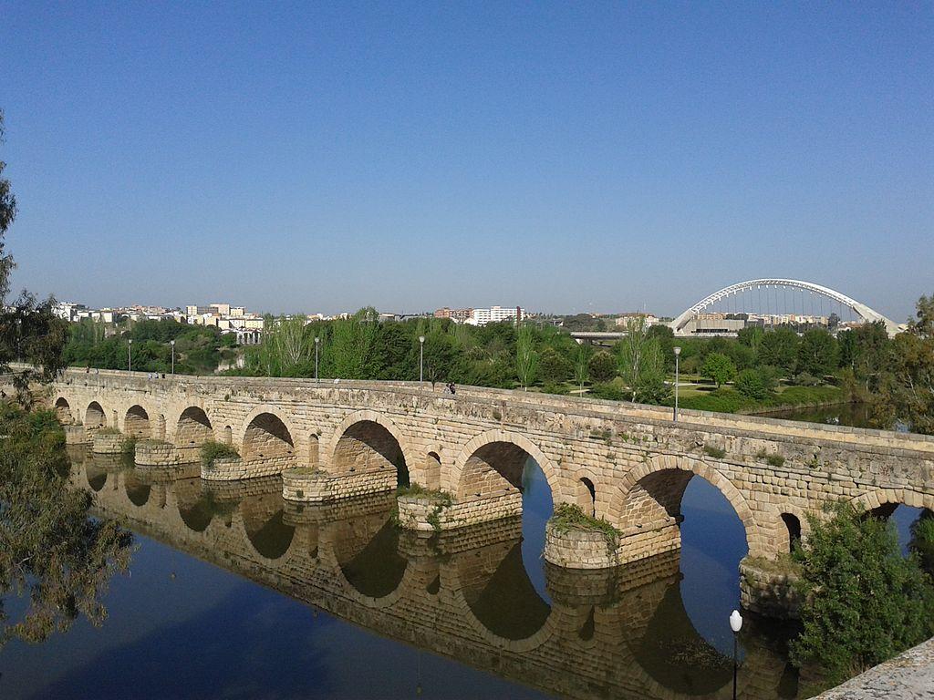 Podul Roman