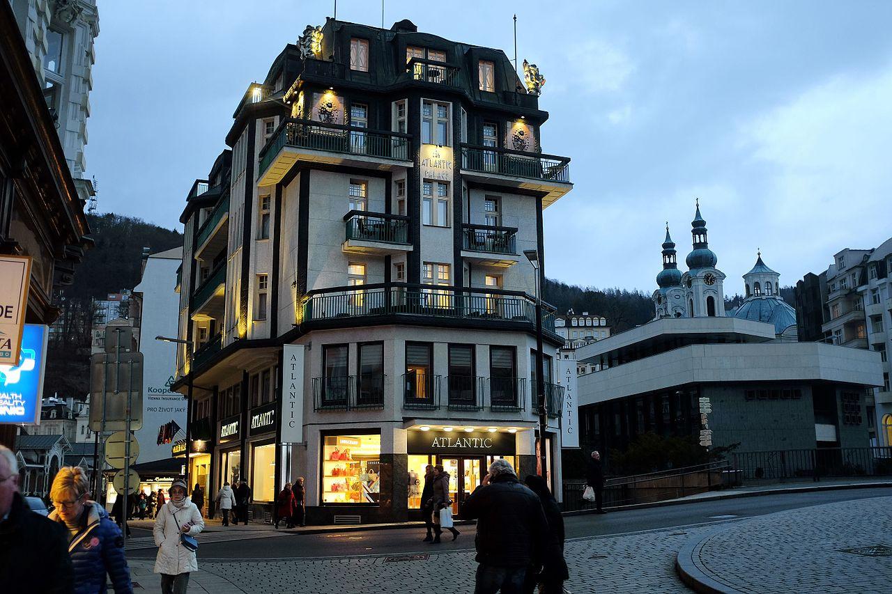 Stațiunea balneară Karlovy Vary11