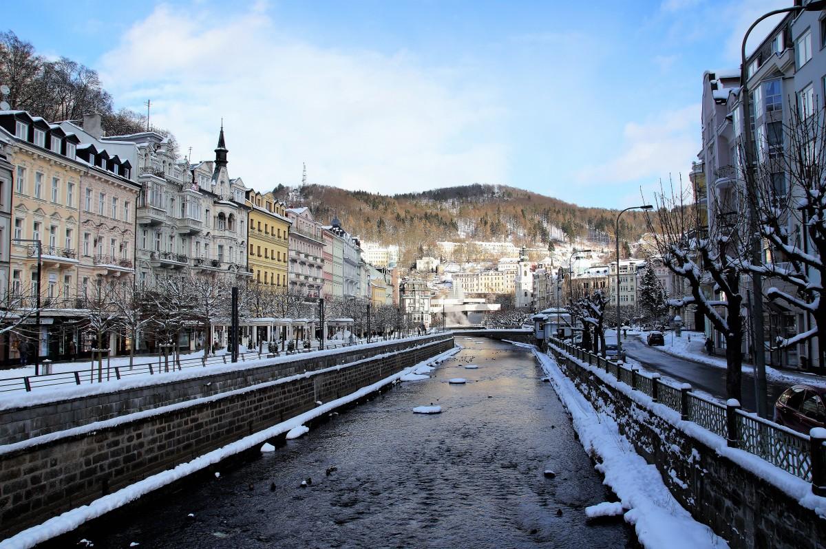 Stațiunea balneară Karlovy Vary111