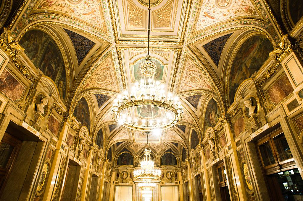 Staatsoper – Opera de Stat din Viena holul de intrare