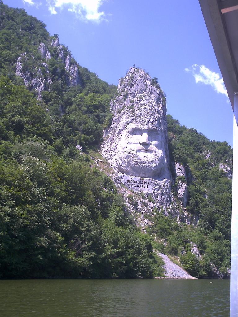 Statuia lui Decebal1