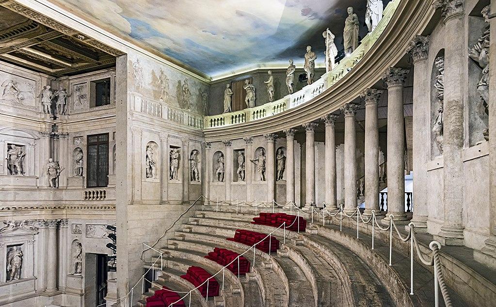 Teatro Olimpico din Vicenza111