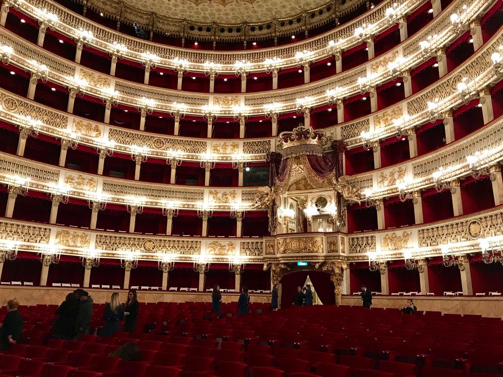 Teatro di San Carlo interior11
