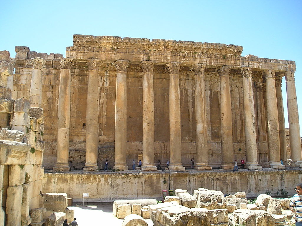 Templul lui Bacchus11