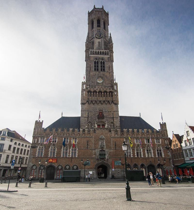 Turnul clopotnitei din Bruges