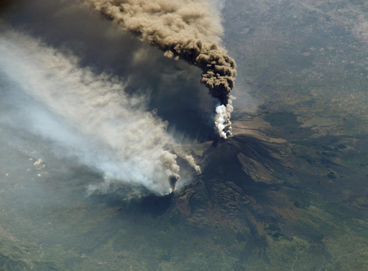 Vulcanul Etna1111