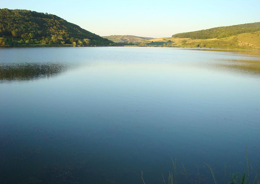 Zona lacurilor Taga