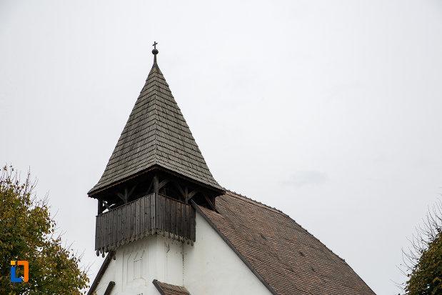 acoperisul-de-la-biserica-lutherana-din-sec-xiii-din-copsa-mica-judetul-sibiu.jpg