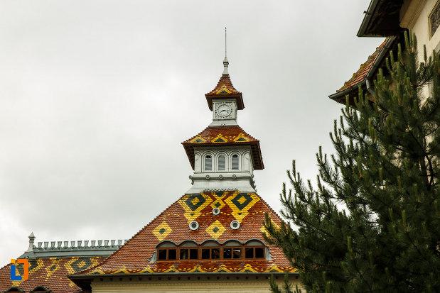 acoperisul-de-la-biserica-ortodoxa-sf-apostoli-petru-si-pavel-din-focsani-judetul-vrancea.jpg