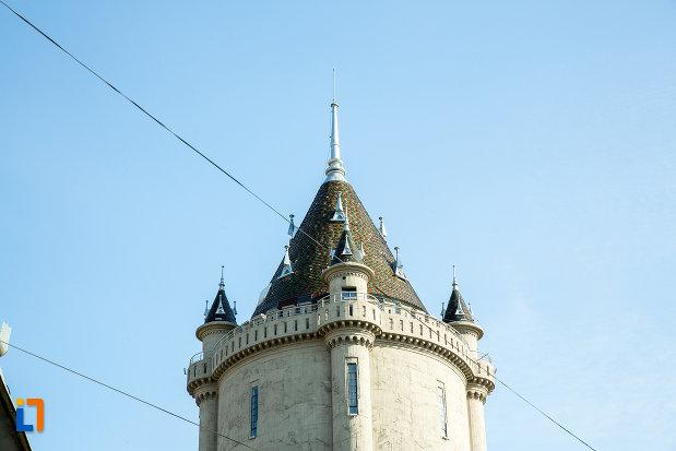 acoperisul-de-la-castelul-de-apa-din-drobeta-turnu-severin-judetul-mehedinti.jpg