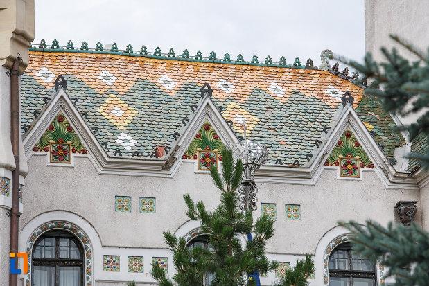 acoperisul-de-la-fosta-primarie-a-municipiului-azi-prefectura-din-targu-mures-judetul-mures.jpg