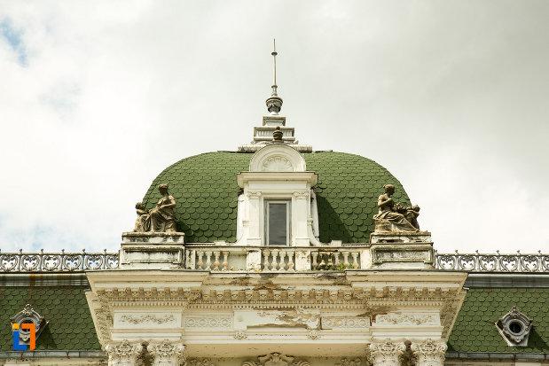 acoperisul-de-la-muzeul-de-arta-si-arta-populara-palatul-marincu-din-calafat-judetul-dolj.jpg