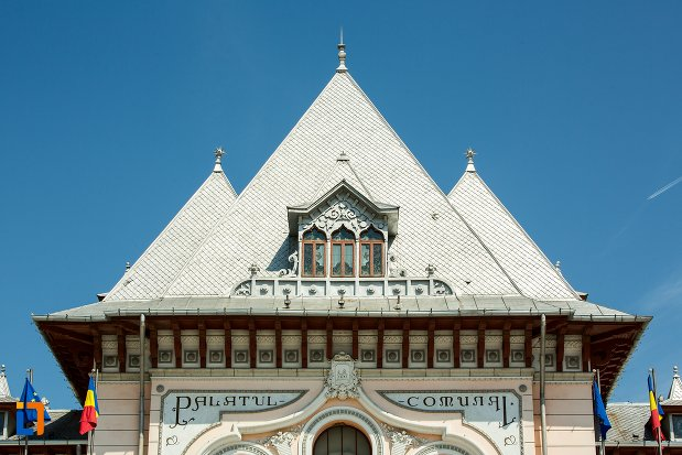 acoperisul-de-la-palatul-comunal-din-buzau-judetul-buzau.jpg