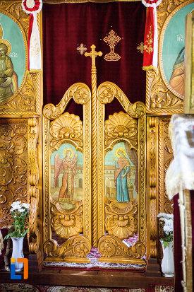 altarul-din-biserica-taierea-capului-sf-ioan-botezatorul-din-targoviste-judetul-dambovita.jpg
