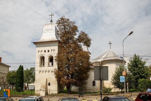 ansamblul-biserica-armeneasca-sf-cruce-1521-din-suceava-judetul-suceava.jpg
