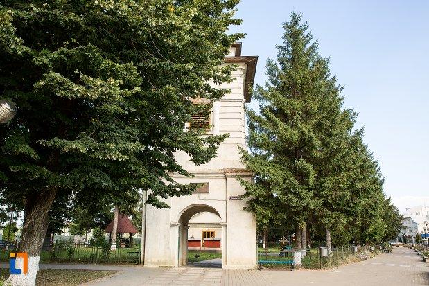 ansamblul-bisericii-sf-nicolae-din-darabani-judetul-botosani.jpg