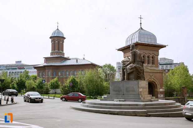 ansamblul-bisericii-sf-treime-din-craiova-judetul-dolj.jpg