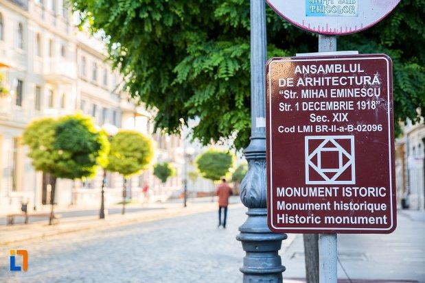 ansamblul-de-arhitectura-strada-mihai-eminescu-si-strada-1-decembrie-din-braila-judetul-braila-monument-istoric.jpg