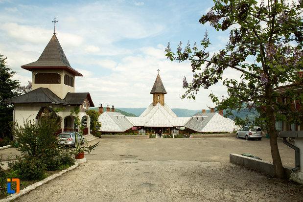 ansamblul-manastirea-sf-ana-din-orsova-judetul-mehedinti.jpg