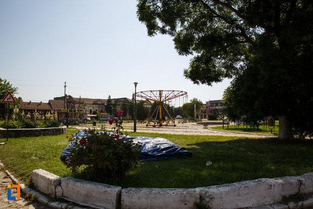 ansamblul-urban-piata-cetatii-din-ciacova-judetul-timis.jpg