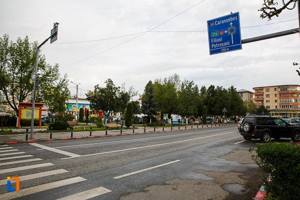 ansamblul-urban-piata-unirii-din-hateg-judetul-hunedoara.jpg