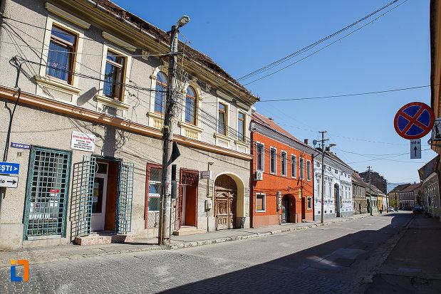 ansamblul-urban-str-george-baritiu-din-orastie-judetul-hunedoara.jpg